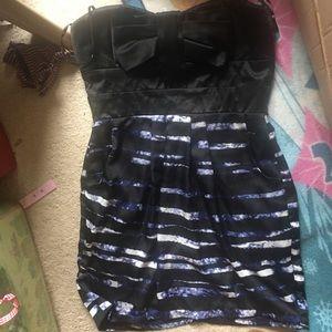 Dresses & Skirts - NWT Juniors Size 13 Strapless Dress!